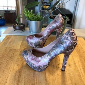 Betsey Johnson Floral Ditan Stilettos